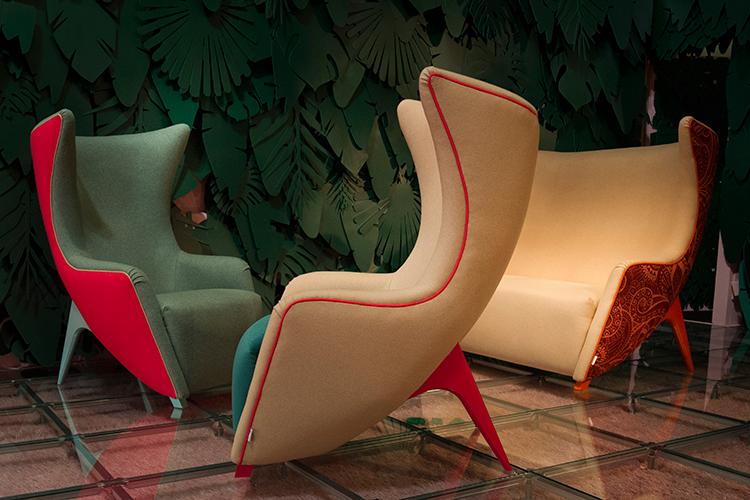 De extraverte meubelen van het Italiaanse merk Adrenalina © Salone del Mobile.Milano | Alessandro Russotti